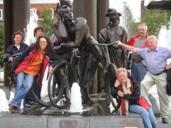 Hier setzt man Radfahrern ein Denkmal!