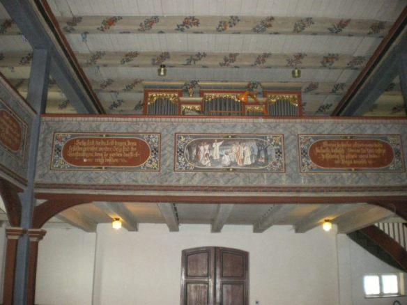 Deutsche und sorbische Bibelzitate in der Kirche