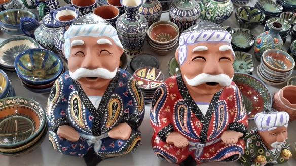 Diesen Gesichtsausdruck haben die meisten Usbeken, wenn sie mit uns Russisch reden.