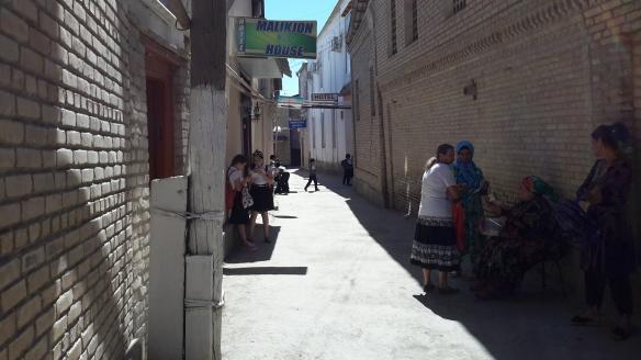 Pause an der jüdischen Schule in Buchara