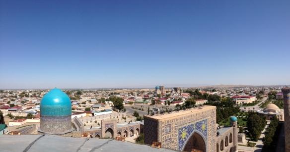 Blick üer die Dächer von Samarkand.